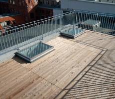 Pannelli cemento lucernari calpestabili apribili for Vetri velux prezzi