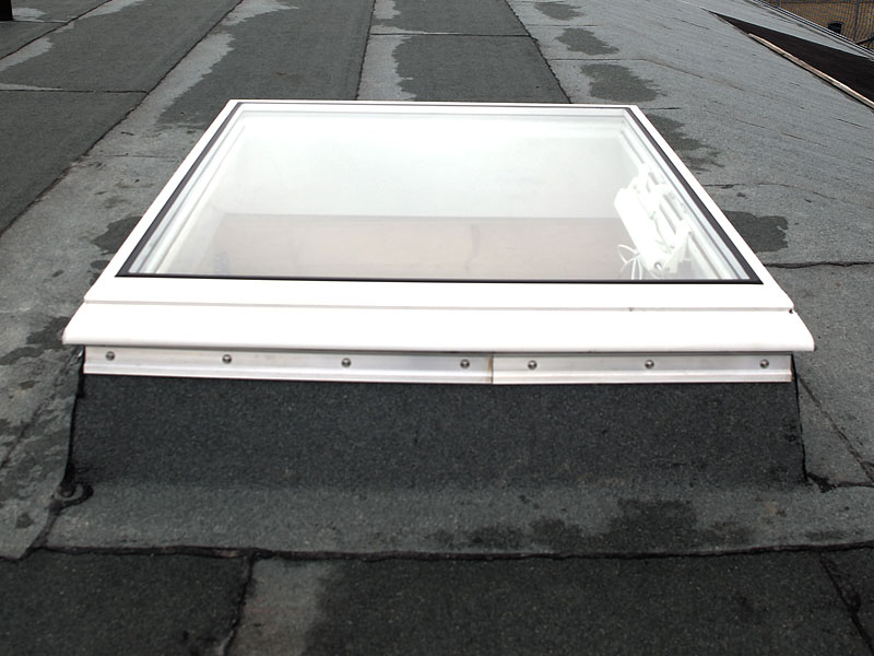 Simple efficienza energetica with costo lucernario for Velux lucernari misure e prezzi